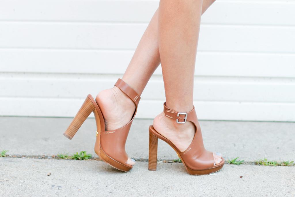 bluefly prada heels