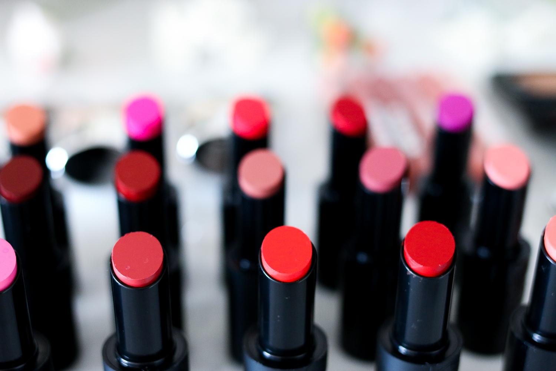 buxom lipsticks 30 shades