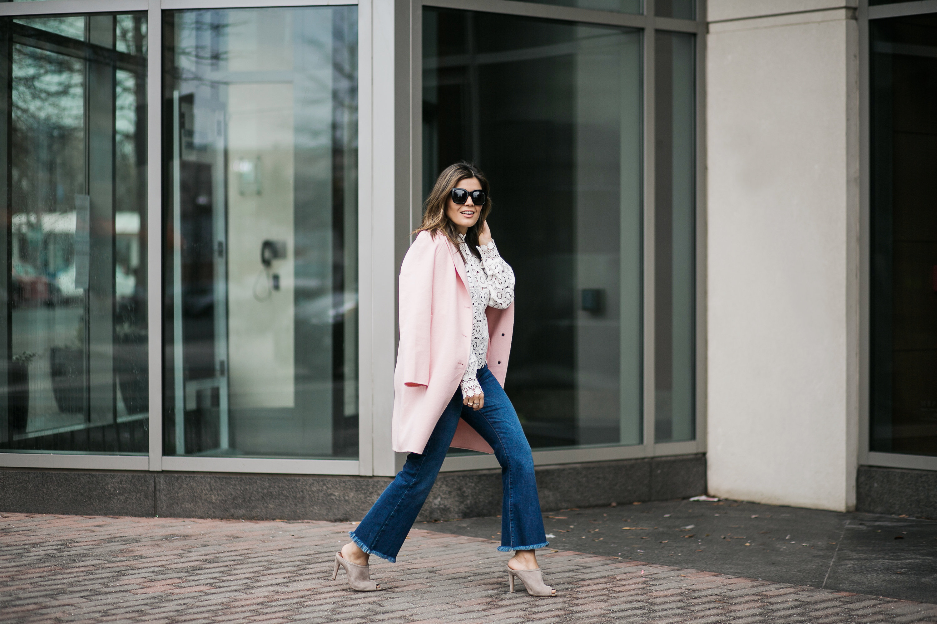 Pink and lace look on the go