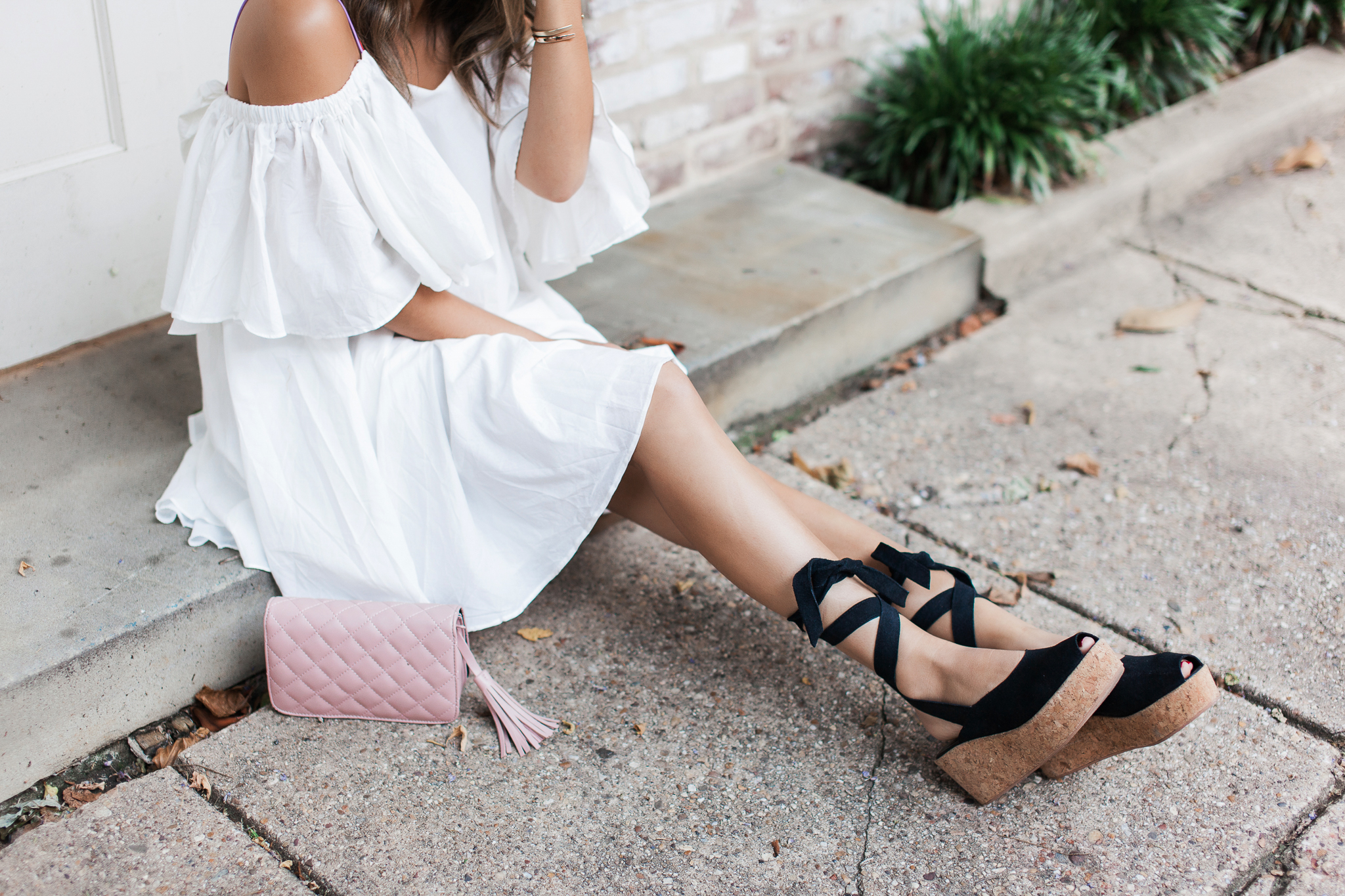 Style MBA Wears Warehouse Flatform Lace-Up Sandals