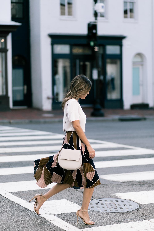 Style MBA wears Kate Spade handbag