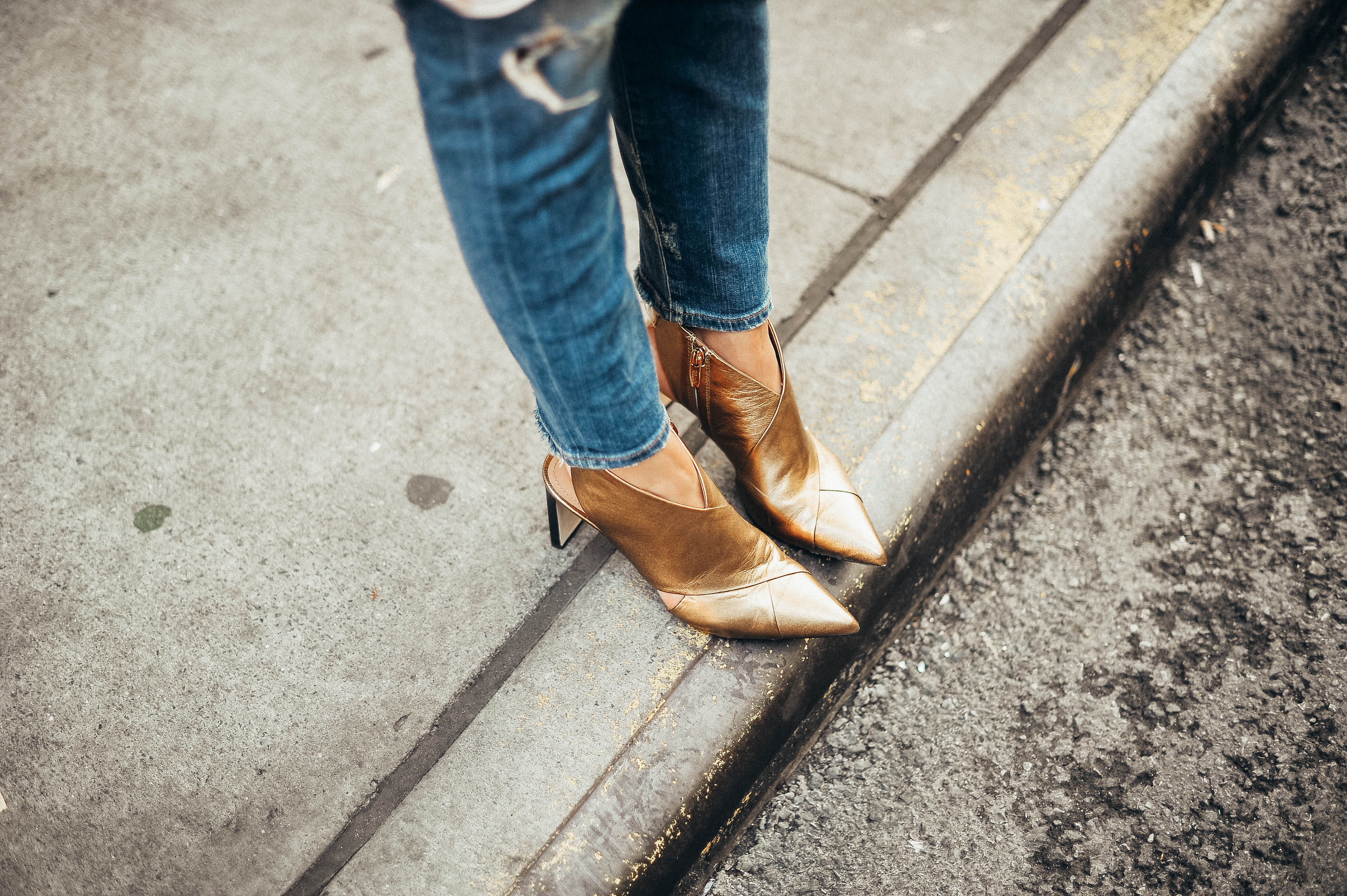 Style MBA Wears Fall Metallic Shoes